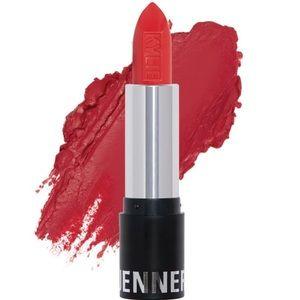 💄Kylie Cosmetics Boss Matte Lipstick Brand New💄